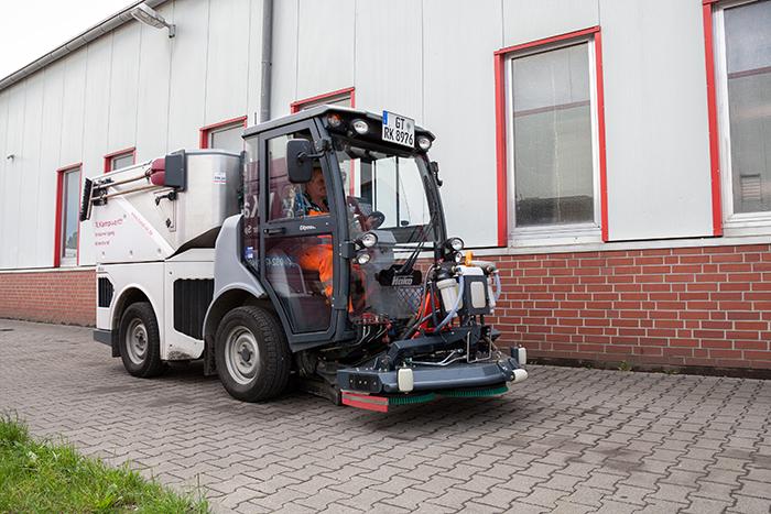 Citymaster 1600 Ölspurbeseitigung (Gehwege) | R. Kampwerth GmbH