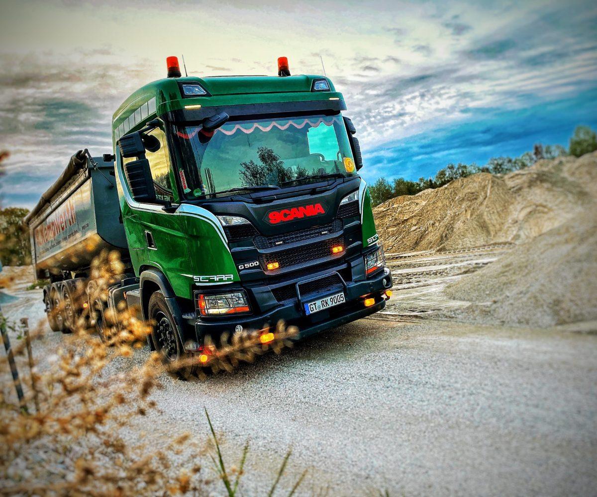 Transport Schüttgut Kipper | R. Kampwerth GmbH
